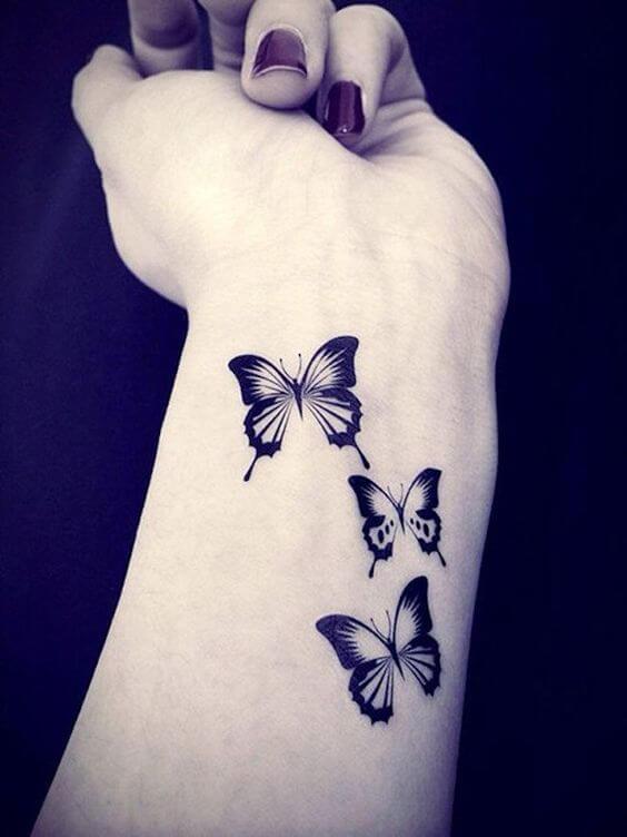 Tatouage poignet femme : 25+ idées de tatouages et leurs significations 35