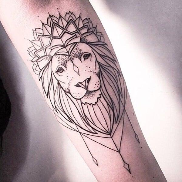 Tatouage abstrait femme : 25+ idées de tatouages et sa signification 19