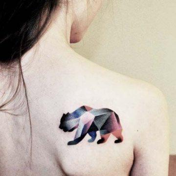 Tatouage abstrait femme : 25+ idées de tatouages et sa signification 23