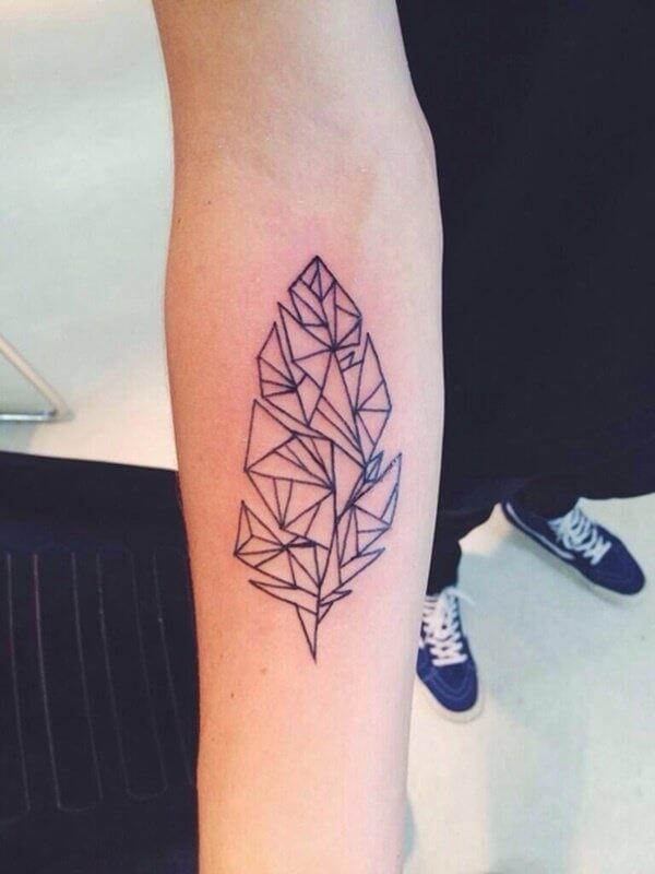 Tatouage abstrait femme : 25+ idées de tatouages et sa signification 25