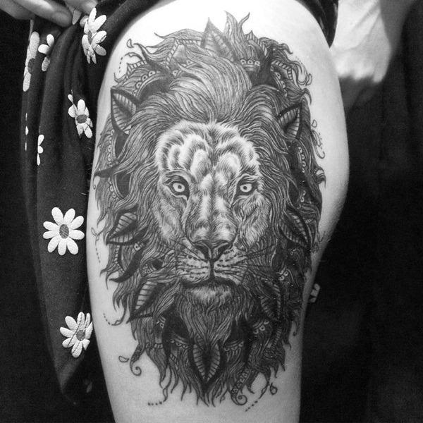 Tatouage lion femme : 30+ idées de tatouages et sa signification 12