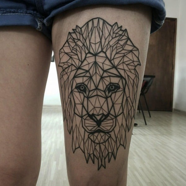 Tatouage lion femme : 30+ idées de tatouages et sa signification 5