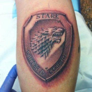 Tatouage Game of Thrones : 25+ meilleurs tatouages de la série 14