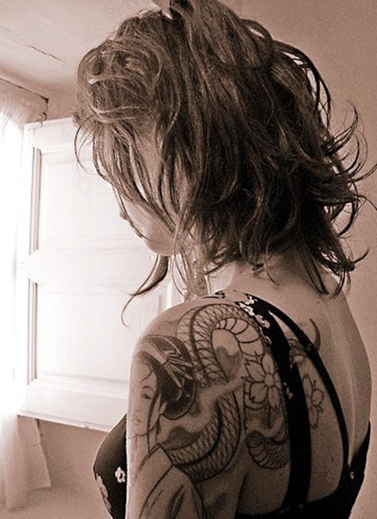 Tatouage geisha : 25+ idées de tatouages 11
