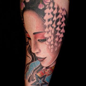Tatouage geisha : 25+ idées de tatouages 21