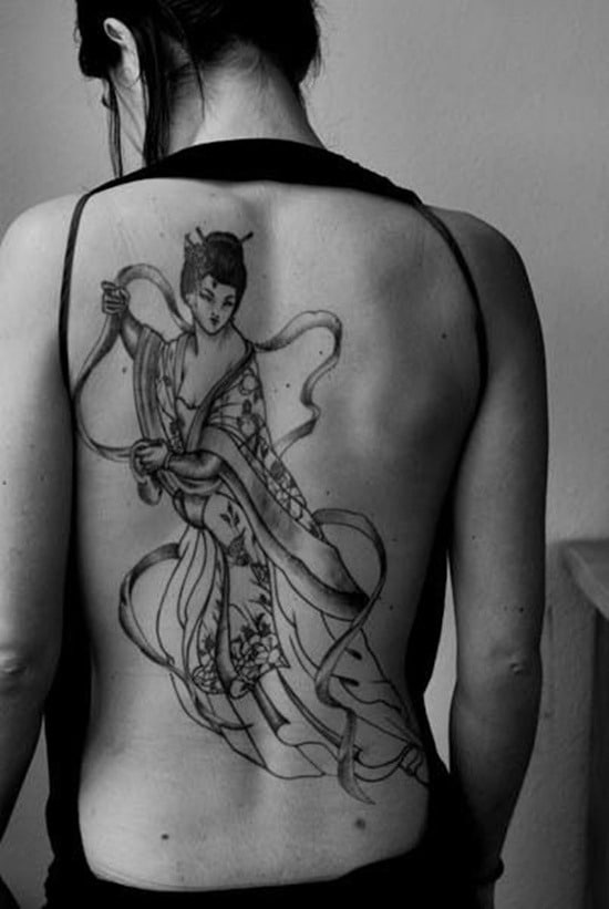 Tatouage geisha : 25+ idées de tatouages 22