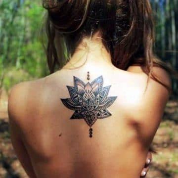 Tatouage mandala femme : 50+ idées de tatouages et leurs significations 193