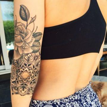 Tatouage mandala femme : 50+ idées de tatouages et leurs significations 180