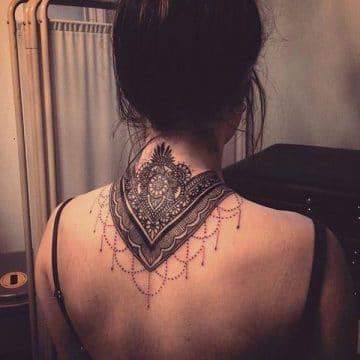 Tatouage mandala femme : 50+ idées de tatouages et leurs significations 128
