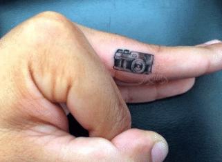 Tatouage discret femme : 50+ idées de tatouages et leurs significations 53