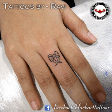 Tatouage discret femme : 50+ idées de tatouages et leurs significations 61