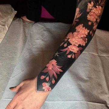 Tatouage manchette femme : 50+ idées de tatouages et leurs significations 66