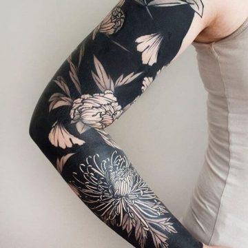 Tatouage manchette femme : 50+ idées de tatouages et leurs significations 79