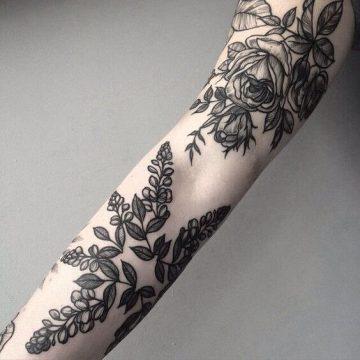 Tatouage manchette femme : 50+ idées de tatouages et leurs significations 98