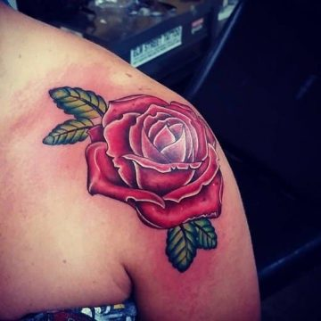 Tatouage rose : 150+ idées de tatouages et leurs significations 9