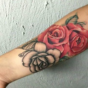 Tatouage rose : 150+ idées de tatouages et leurs significations 223
