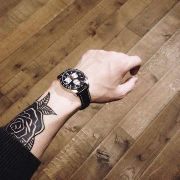 Tatouage rose : 150+ idées de tatouages et leurs significations 213