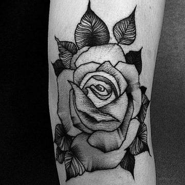 Tatouage rose : 150+ idées de tatouages et leurs significations 132