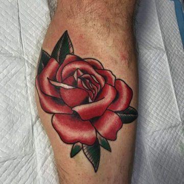 Tatouage rose : 150+ idées de tatouages et leurs significations 159