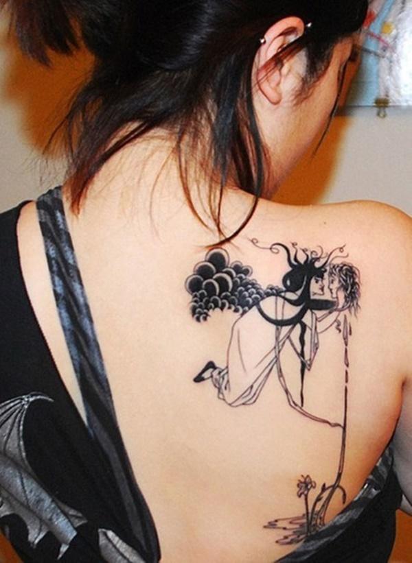 Tatouages de dos attrayants pour femmes