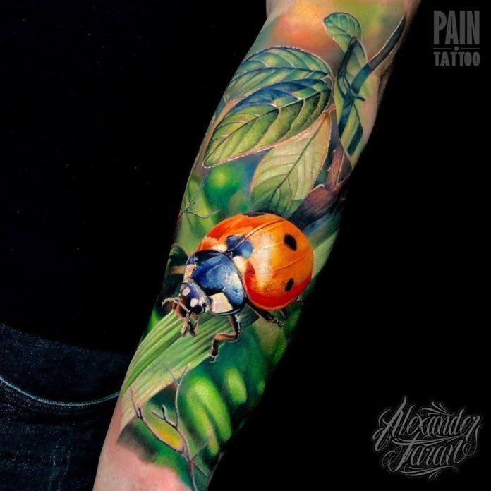 23 8-100 beaux tatouages réalistes pour hommes