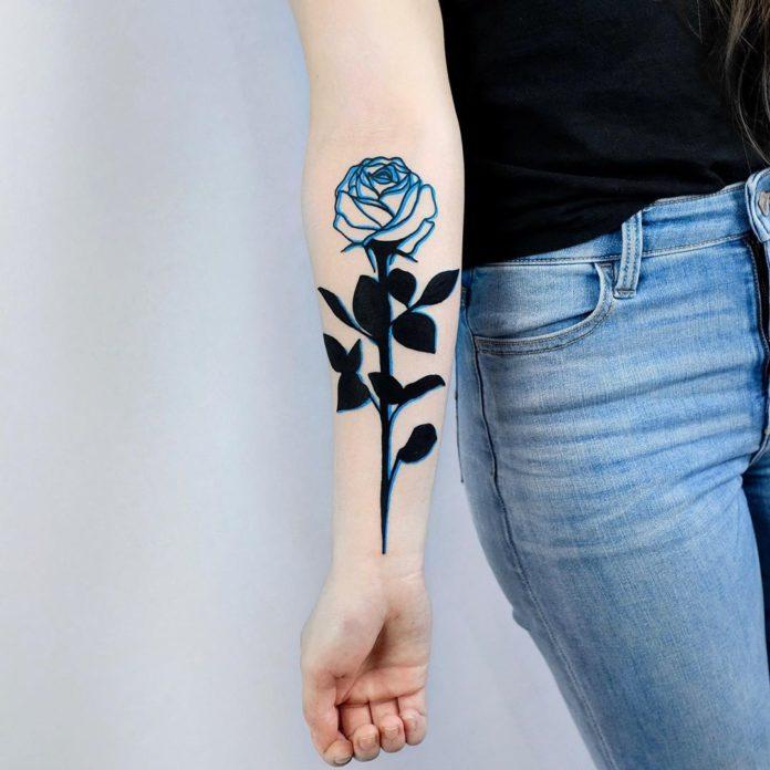 24 1-100 tatouages roses pour femmes