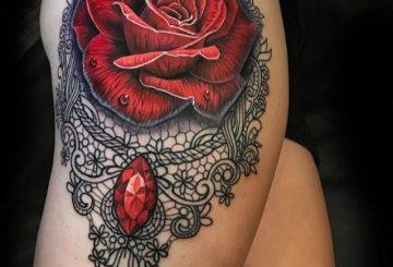 100 tatouages roses pour femmes 3