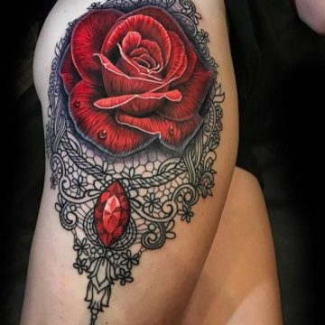 100 tatouages roses pour femmes 9
