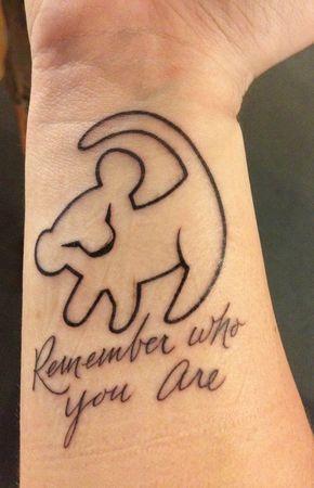 Le meilleur tatouage de lion pour vous et votre roi intérieur de la jungle! Top 151 62