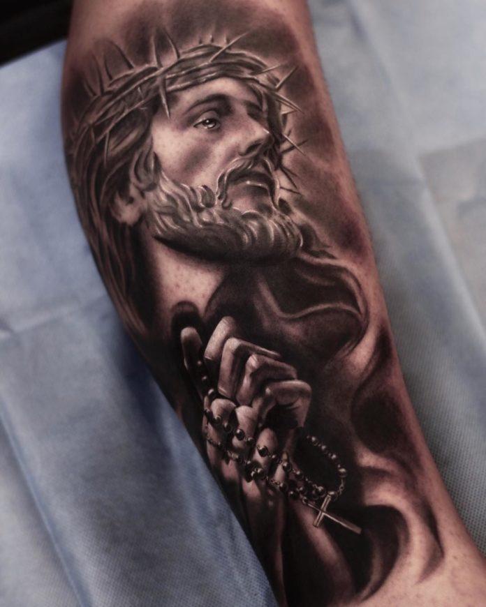 4 3 - 40 tatouages croisés pour hommes