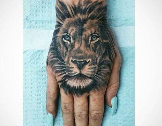 Le meilleur tatouage de lion pour vous et votre roi intérieur de la jungle! Top 151 1