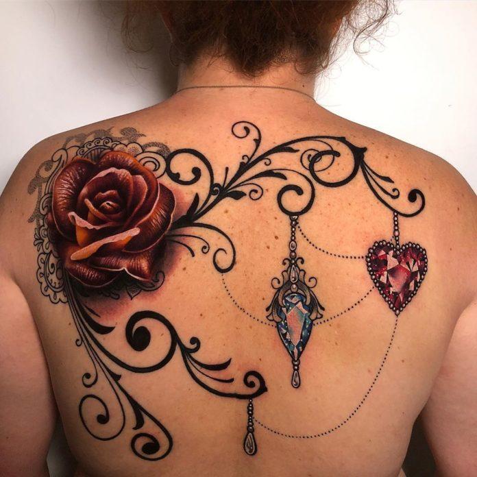 63 1 - 100 tatouages Rose pour Femme