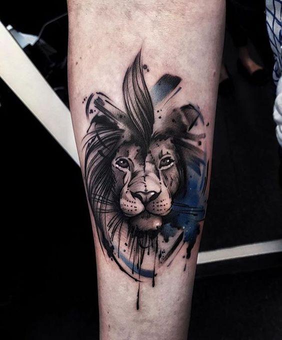Le meilleur tatouage de lion pour vous et votre roi intérieur de la jungle! Top 151 50