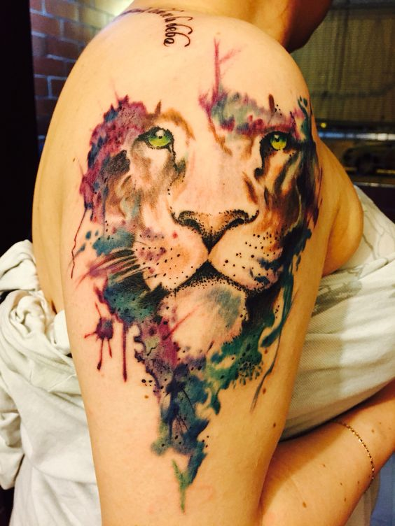 Le meilleur tatouage de lion pour vous et votre roi intérieur de la jungle! Top 151 26