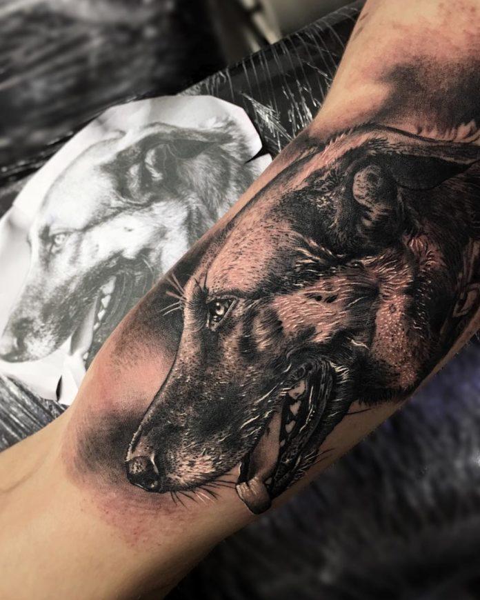 7 3-40 tatouages biceps pour hommes