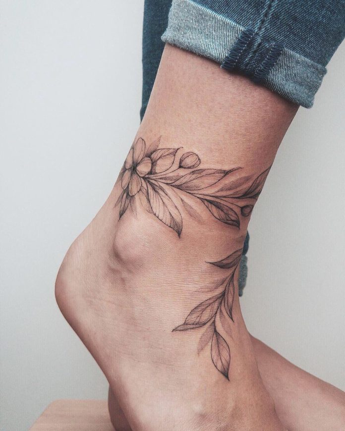 50 tatouages à la cheville pour les femmes 2