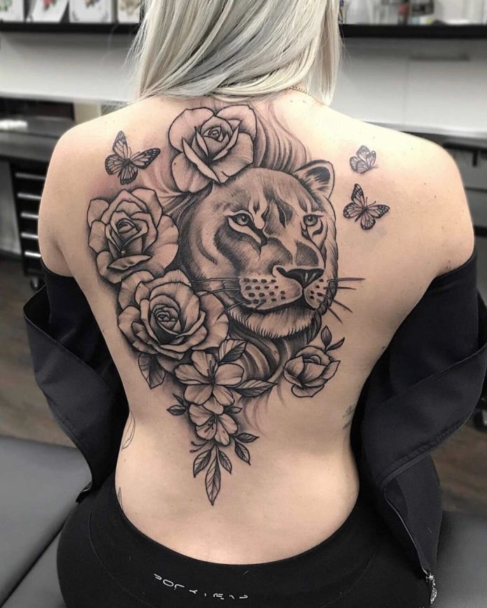 78 - 100 Tatouages Rose pour Femme