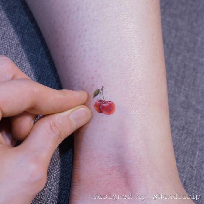 80-50 tatouages à la cheville pour les femmes