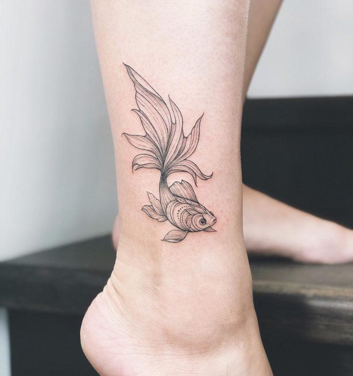 85-50 tatouages à la cheville pour les femmes
