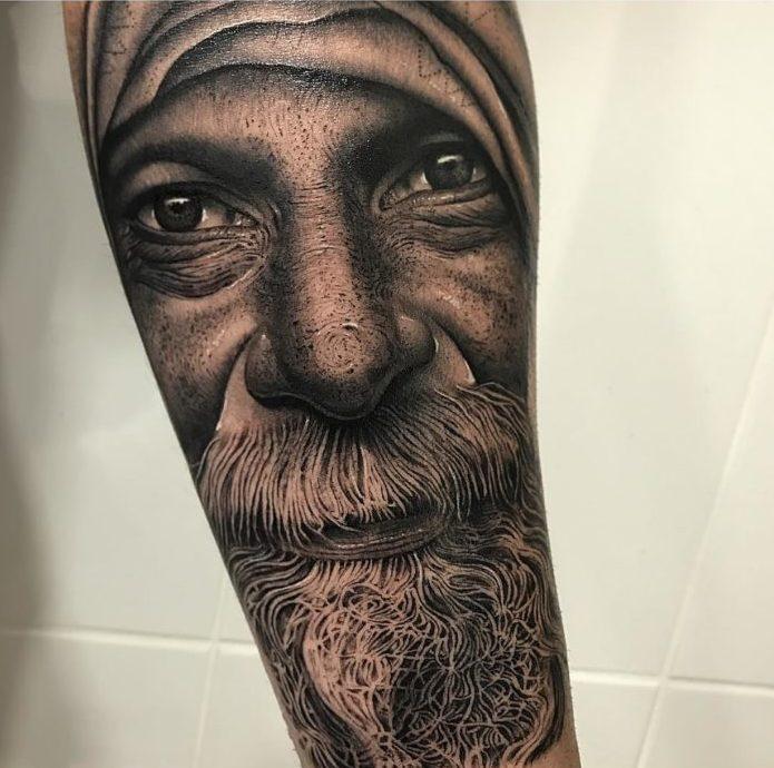 99 2 e1579490399777-100 beaux tatouages réalistes pour hommes
