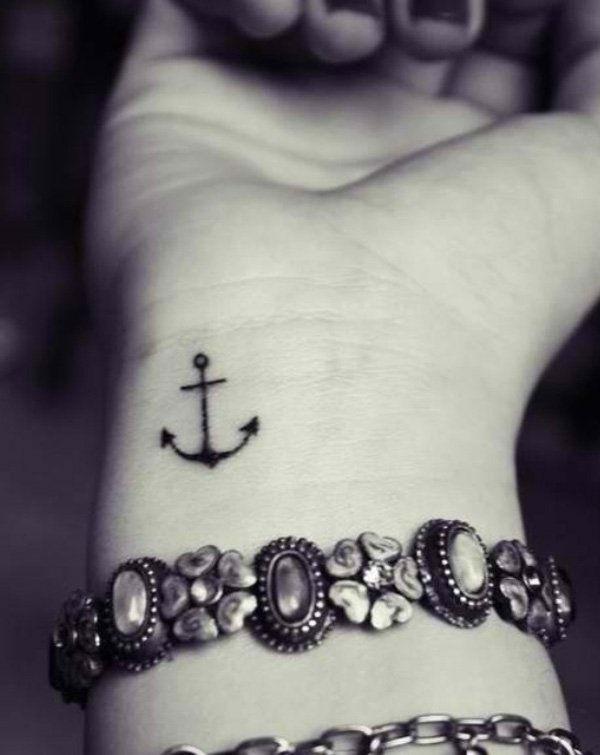 Belles petites idées de tatouage pour les femmes