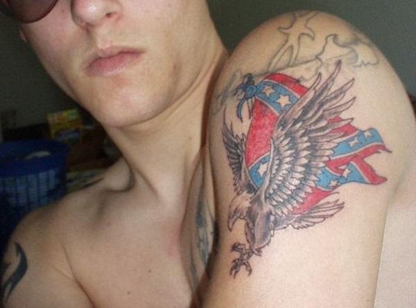 Aigle et tatouage drapeau confédéré