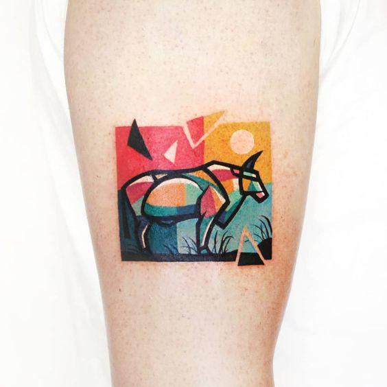 Tatouage avant-bras géométrique Carabao