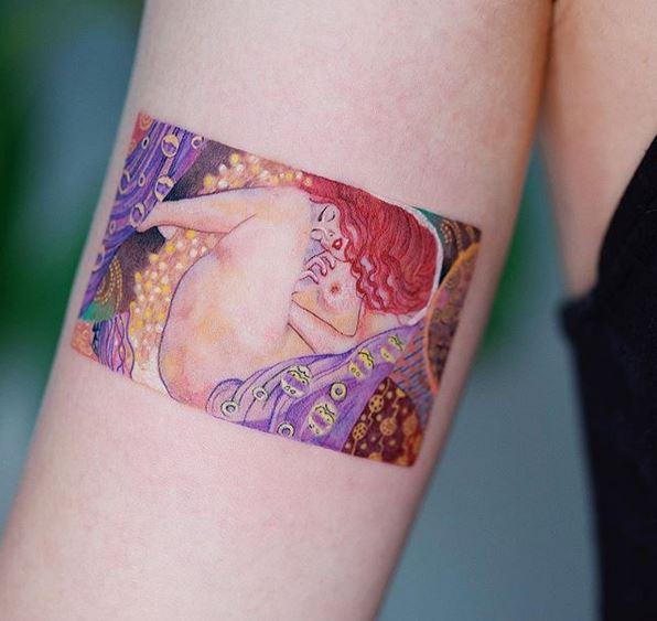 Le tatouage du bras Danae de Klimt