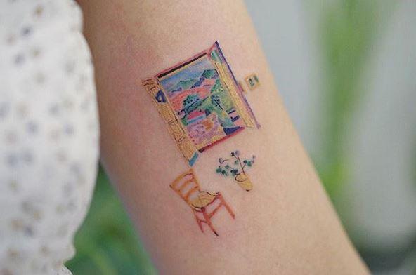 Fenêtre ouverte à Collioure Tattoo