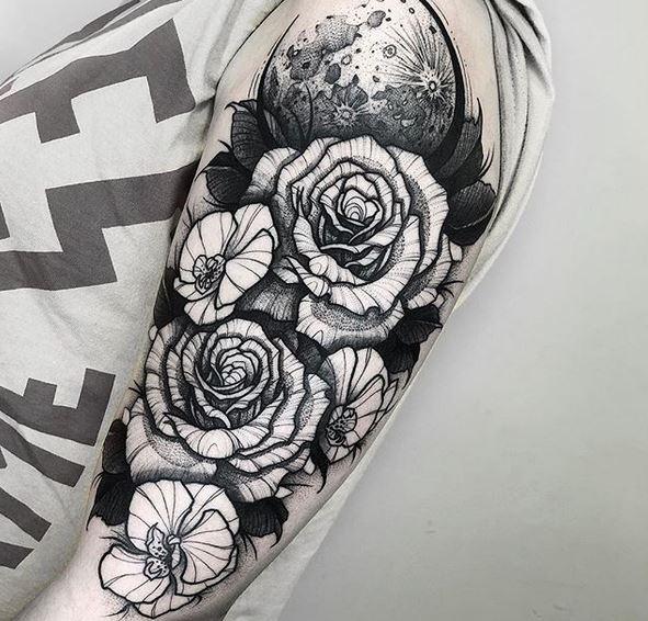 Tatouage Bras Roses Et Lune