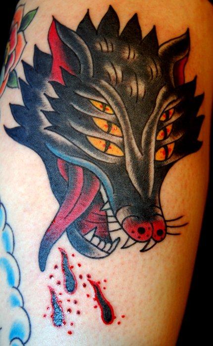 Meilleur tatouage de loup pour hurler sur la lune 2
