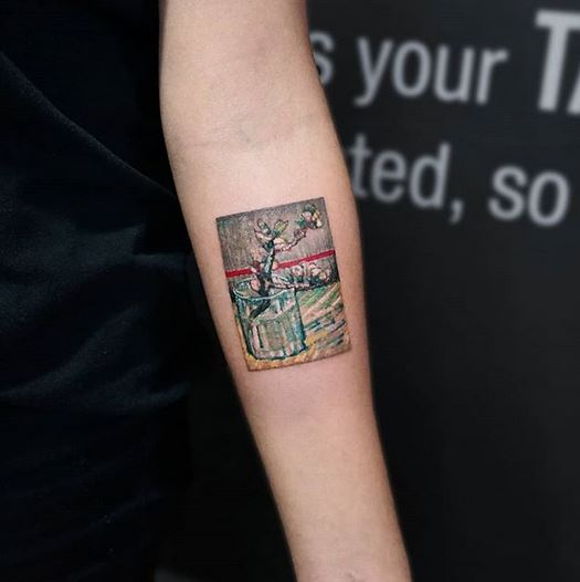 Tatouage avant-bras inspiré de Van Gogh