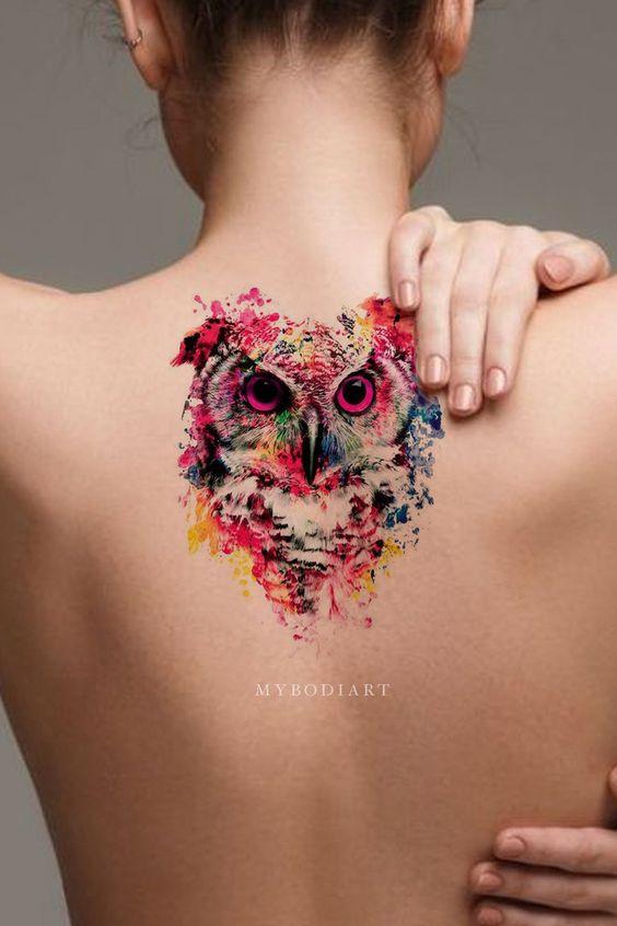Tatouage dos hibou aquarelle