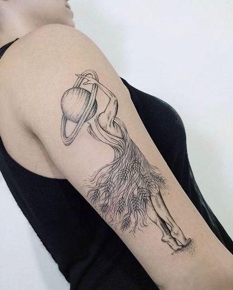 Tatouage de bras de dame habillée de blé